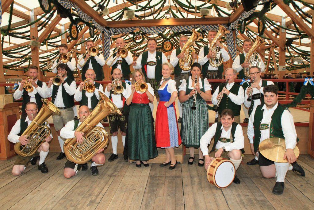 Iris Gallecker Münchner Oktoberfestmusikanten