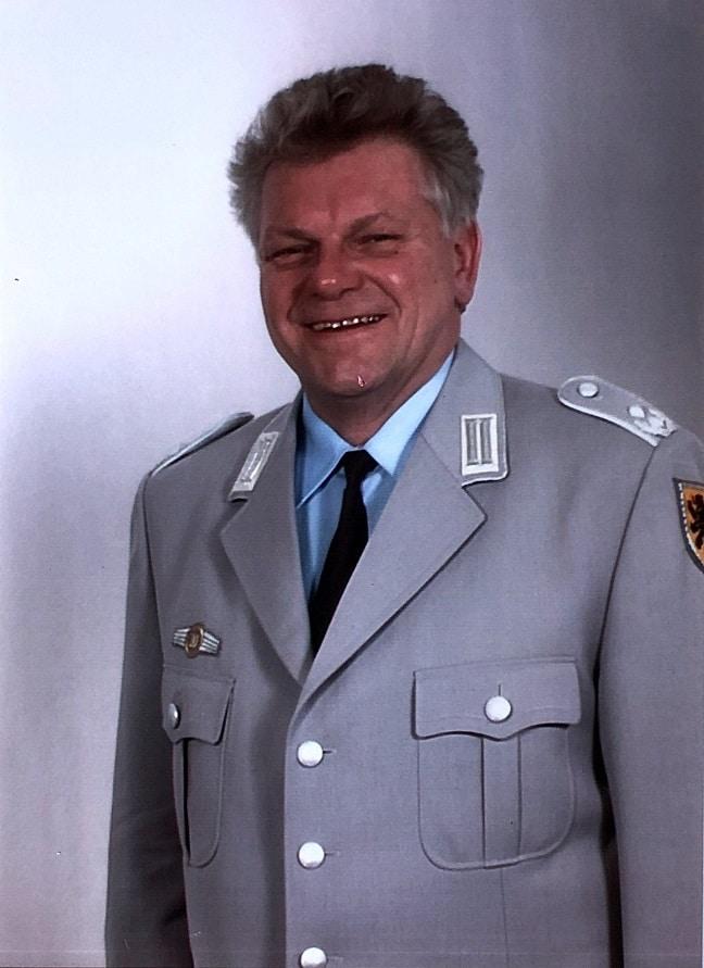 Oberstleutnant Michael Winterring eitete das Heeresmusikkorps Ulm von 2001 bis 2003