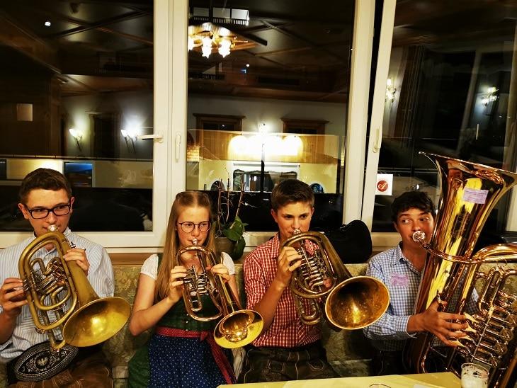 Junge Musiker bei der Woodstockacademy